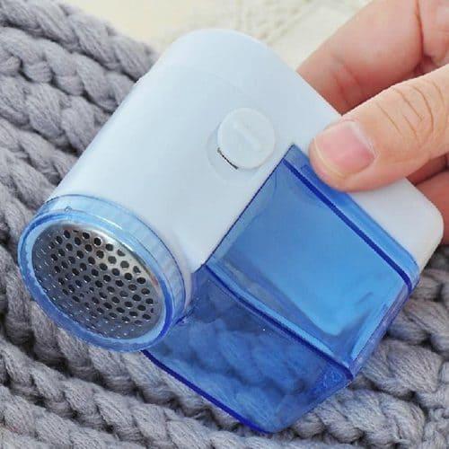 Аккумуляторная машинка для удаления катышков с одежды