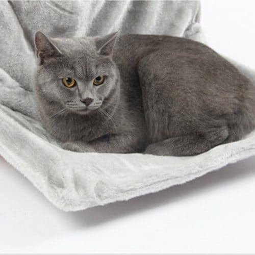 Лежанка для кошки и кота на батарею