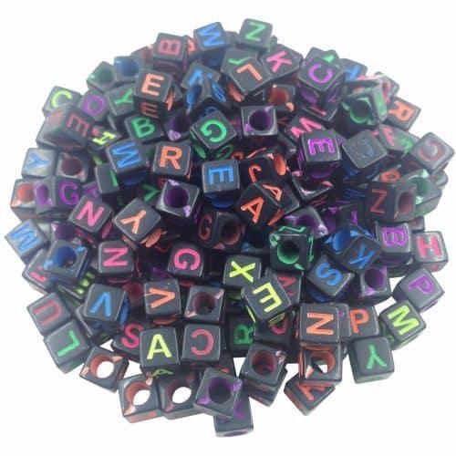 Акриловые цветные бусины для браслетов с буквами алфавита в наборе 100 шт.