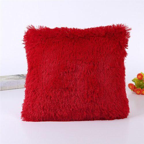 Декоративные пушистые плюшевые наволочки 45х45 см на диванные подушки