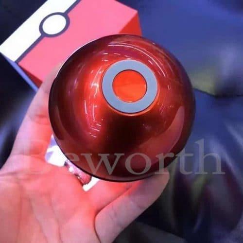 Дешевая беспроводная портативная мини колонка Pokeball с bluetooth, fm-радио и флешкой для телефона