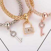Красивый женский браслет-цепочка на руку с подвеской ключик и замок в наборе 3шт.