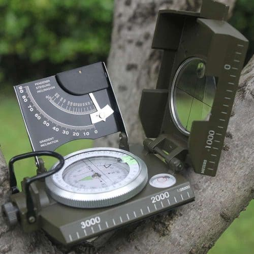 Металлический профессиональный туристический компас армейский