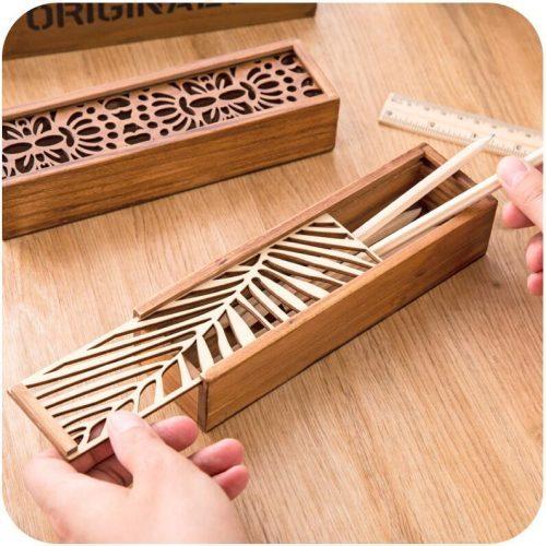 Необычный деревянный школьный пенал для карандашей и кистей