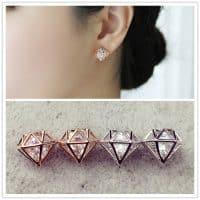 Оригинальные женские серьги гвоздики в виде алмаза с бриллиантом