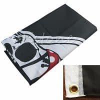 Пиратский черный флаг с черепом и костями веселый роджер