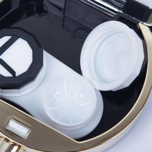 Пластиковый контейнер для хранения контактных линз с пинцетом и зеркалом