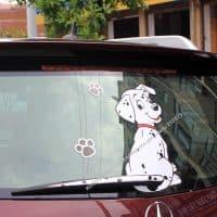Живая наклейка на заднее стекло и дворник автомобиля Далматин