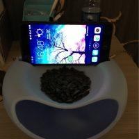 Двойная тарелка-миска для семечек, фисташек, орехов с отсеком для шелухи и косточек и подставкой для телефона - фото из отзывов покупателей