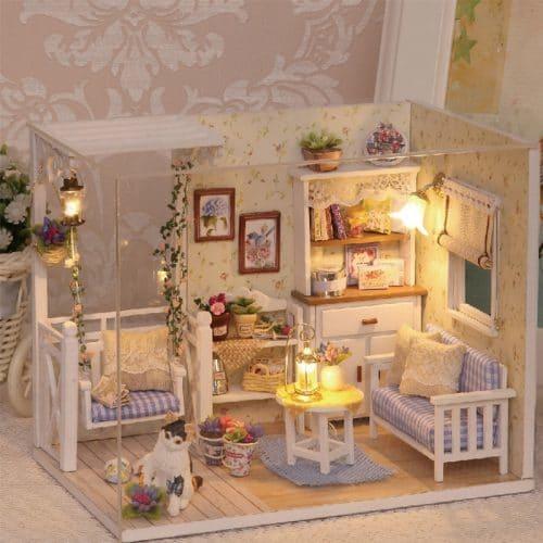Деревянный кукольный домик-конструктор DIY с мебелью и светом для девочек