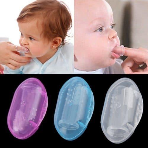 Силиконовая зубная щетка-массажер на палец для детей