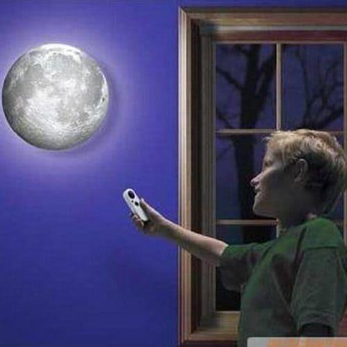 Светодиодный светильник-ночник Луна настенный с пультом управления