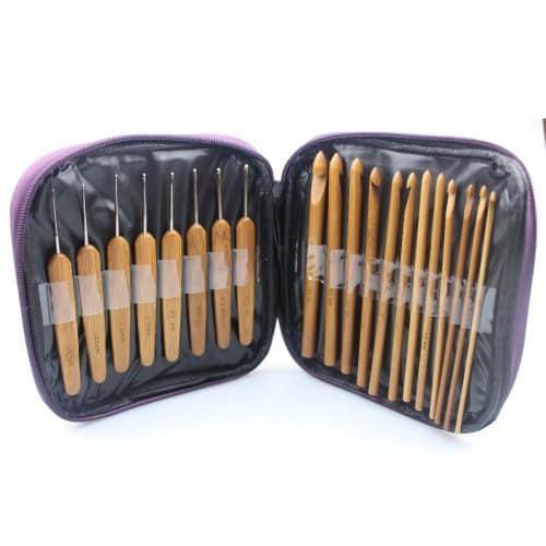 Набор бамбуковых крючков 2.0 мм – 10 мм в чехле для вязания 20 шт.