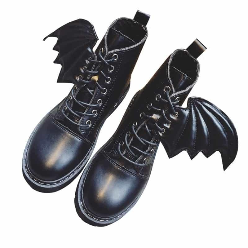 8bd5eb05a Ботинки черные женские с крыльями, по щиколотку, на шнуровке, на толстой  подошве,