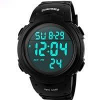 Часы мужские спортивные наручные цифровые водонепроницаемые с задней подсветкой Skmei