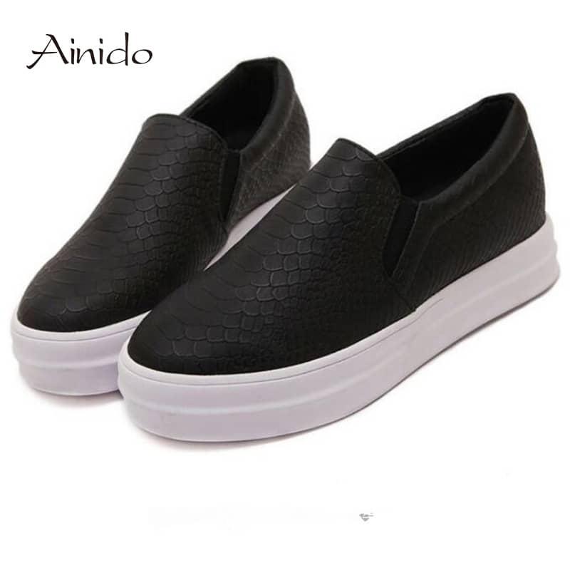 Обувь кеды слипоны женские на толстой белой подошве под кожу (черные и  розовые) b3430b0a0fc