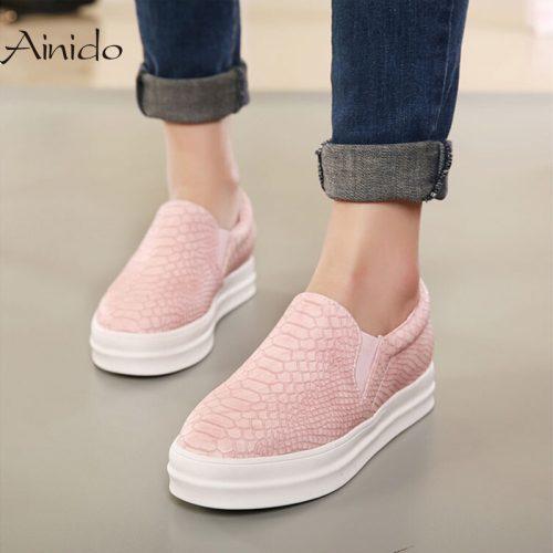 Обувь кеды слипоны женские на толстой белой подошве под кожу (черные и розовые)