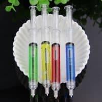 Шариковая ручка 0,5 мм в виде шприца с жидкостью внутри в наборе 4 шт.