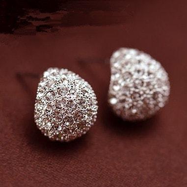 Винтажные серьги-гвоздики-пусеты под золото и серебро каплевидной формы с кристаллами-камнями