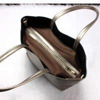 Большая женская сумка из натуральной кожи цвета металлик