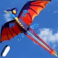 Воздушный змей в виде дракона