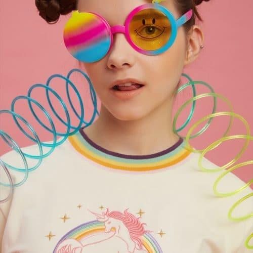 Женская футболка из хлопка и полиэстера с вышивкой единорога и радуги