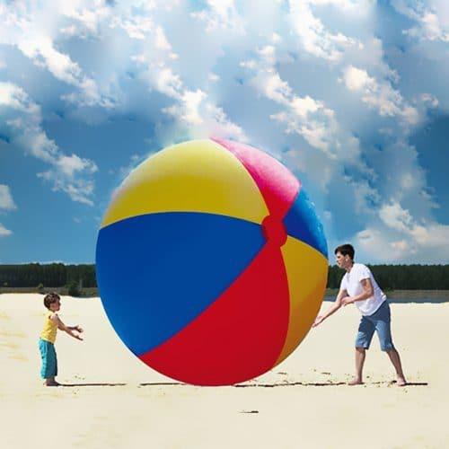 Большой надувной пляжный мяч (диаметр 3 метра)