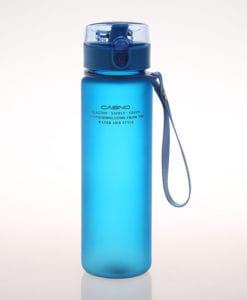 Пластиковая спортивная герметичная матовая бутылка для воды для фитнеса 550 мл
