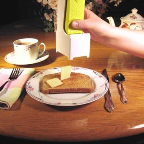 Устройство-инструмент-слайсер для нарезки сыра и масла