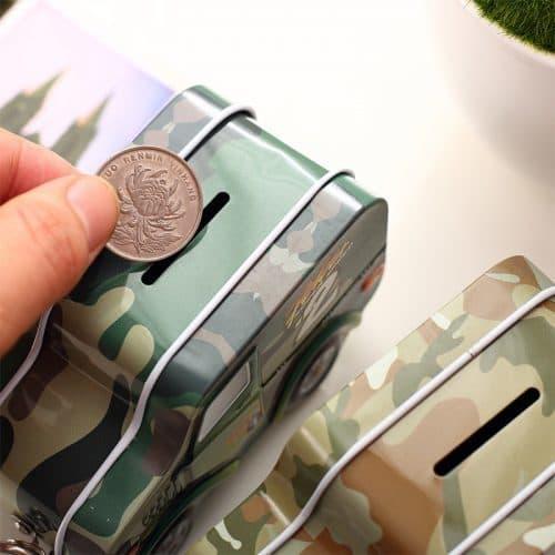 Детская металлическая копилка для денег на замке в виде машины