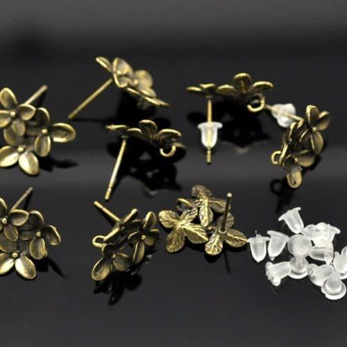 Красивые швензы-заготовки цветочки для сережек-гвоздиков