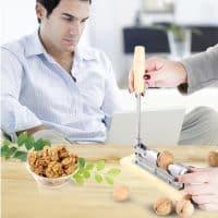 Механический инструмент-орехокол для колки орехов