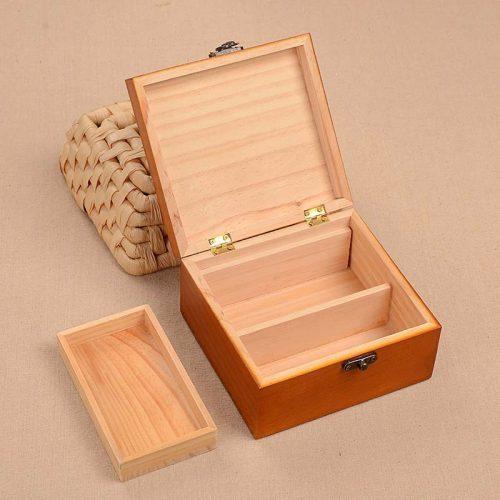Швейный набор в деревянной шкатулке