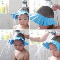 Защитный козырек шапочка для купания ребенка