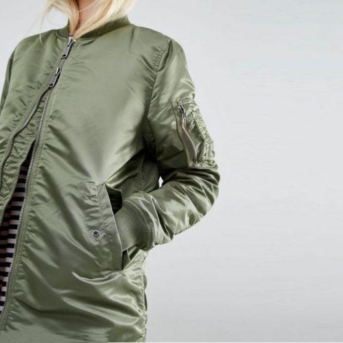 Женская черная и зеленая демисезонная осенняя утепленная длинная куртка-бомбер на молнии без капюшона с оранжевой подкладкой