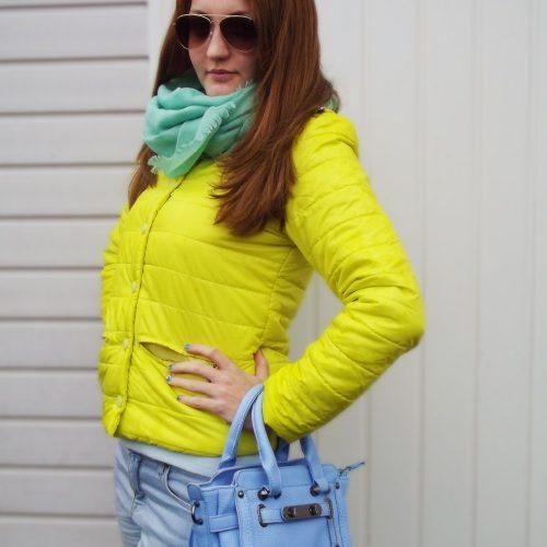 Женская демисезонная осенняя стеганая утепленная куртка на кнопках без капюшона