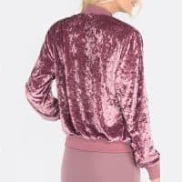 Бархатный розовый женский бомбер-куртка