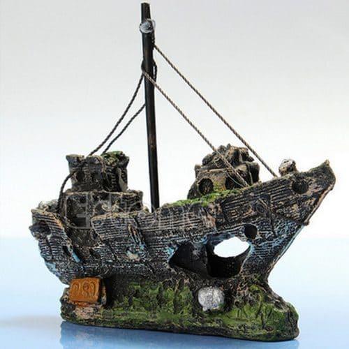 Затонувший корабль для декора аквариума