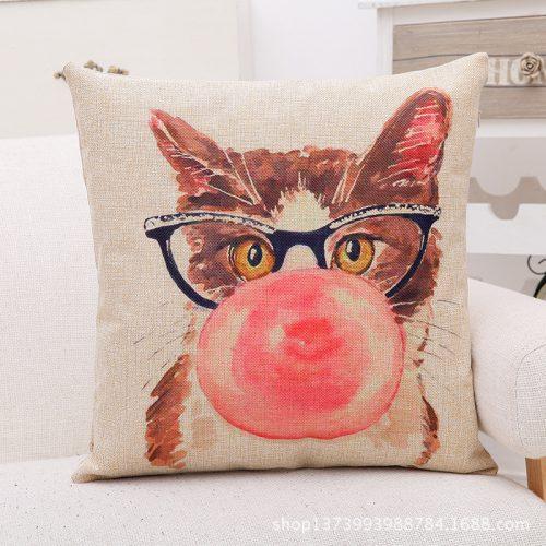 Декоративные льняные яркие наволочки на подушки 45х45 см с изображением кошек