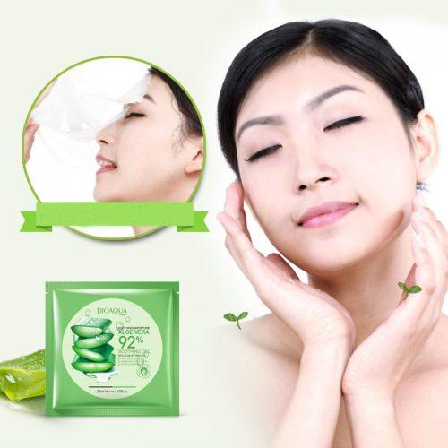 Bioaqua Тканевая маска для лица с экстрактом геля алоэ