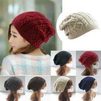 Женская мешковатая вязаная шапка с рисунком косами