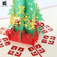 Новогодняя красная 3D открытка с елкой внутри