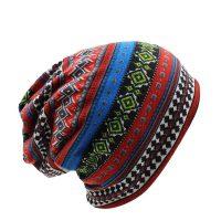 Женская трикотажная шапка шарф снуд с рисунком