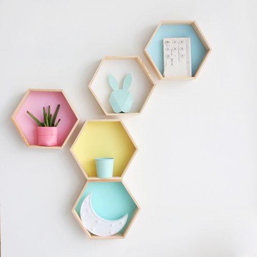Настенные деревянные шестиугольные полки в виде сот