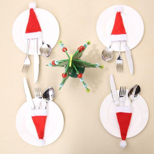 Новогодние мини кармашки чехлы для столовых приборов в виде колпака Санта Клауса (Деда Мороза)