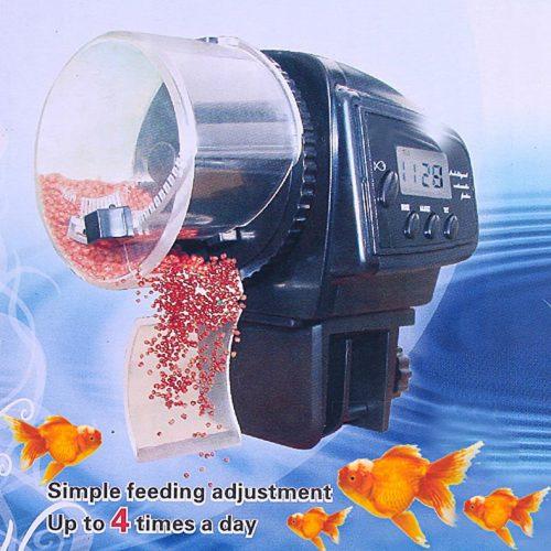 Автоматическая кормушка для рыб в аквариум