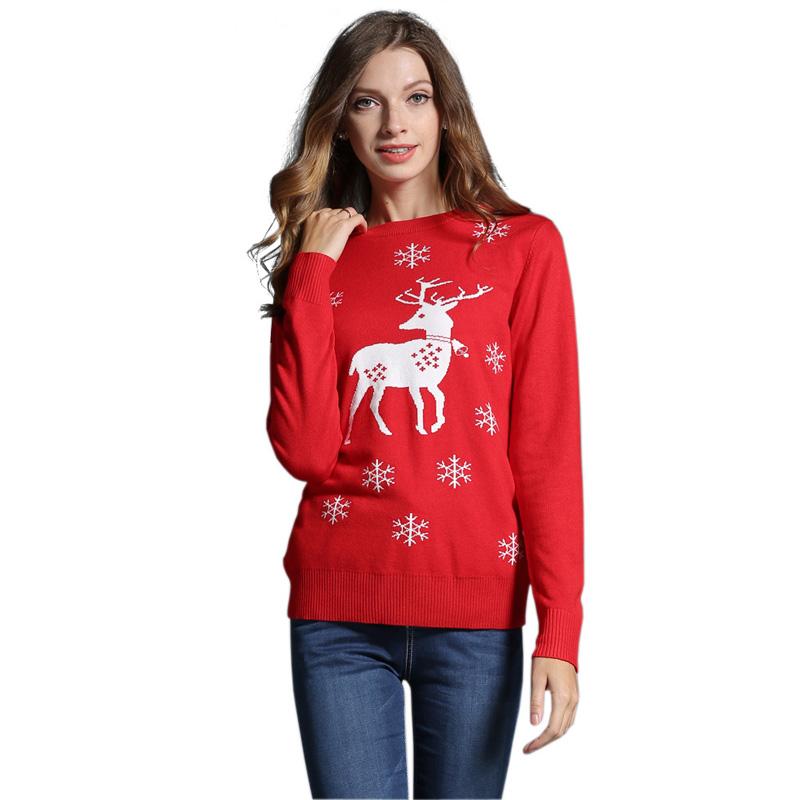 Красный женский свитер