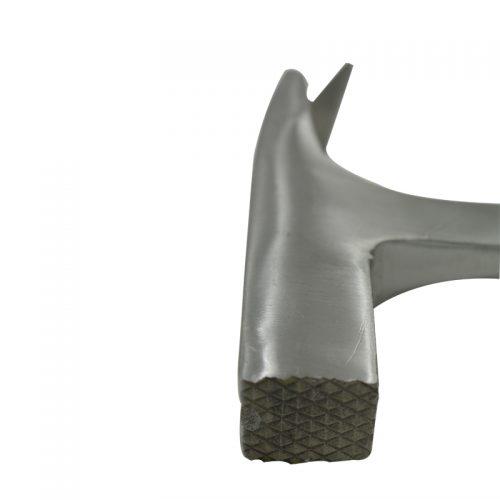 Молоток с магнитным держателем гвоздя