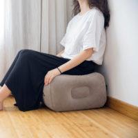 Надувной пуф для ног