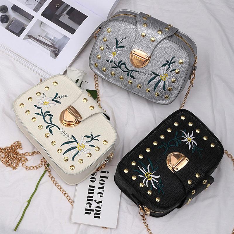 0054b0cae95a Винтажная женская сумка из искусственной кожи, на цепочке, с заклепками и  цветочной вышивкой